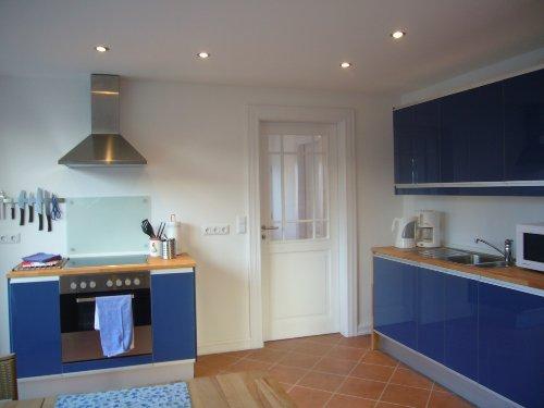 große, komplett ausgestattete Wohnküche