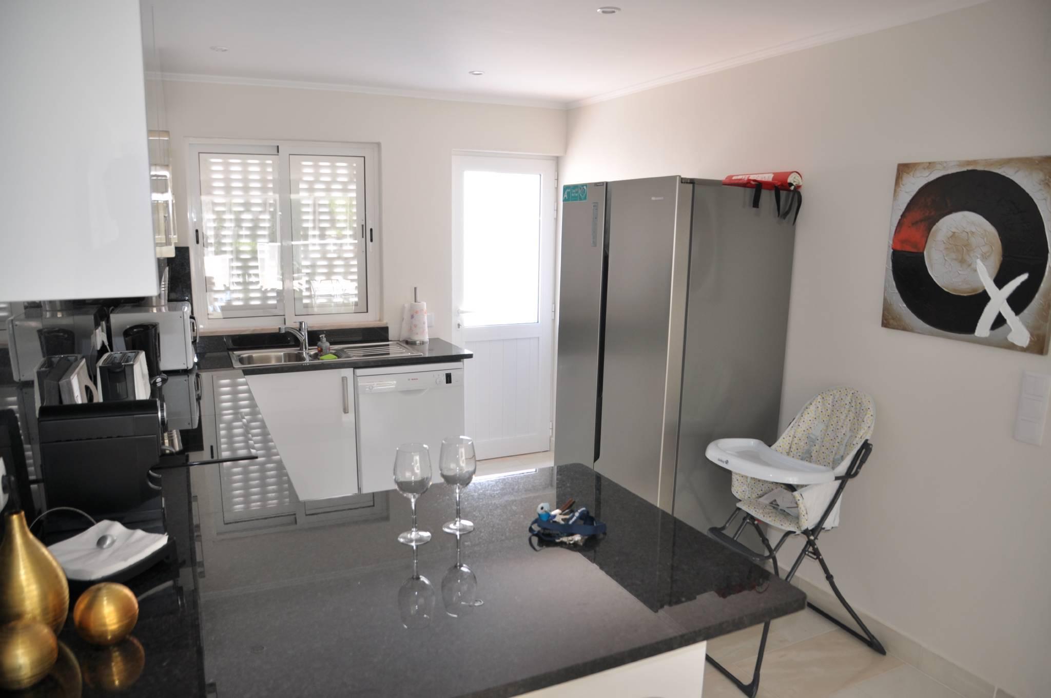 Wohnzimmer und Essbereich (1)