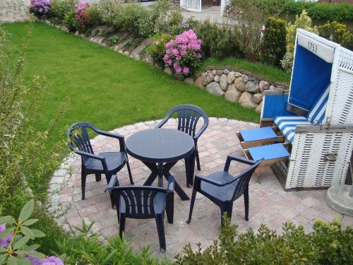 Sonnenterrasse im eigenen Garten