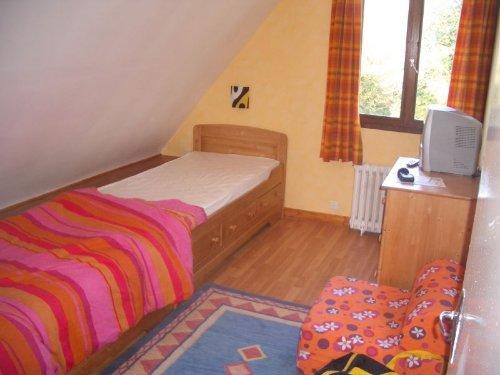 Schlafzimmer Obergeschoß 2 Einzenbetten