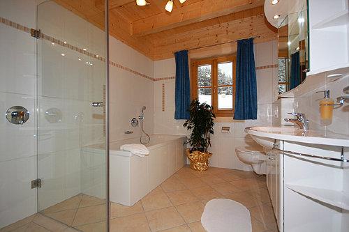 Das Bad im OG. mit Fußbodenheizung