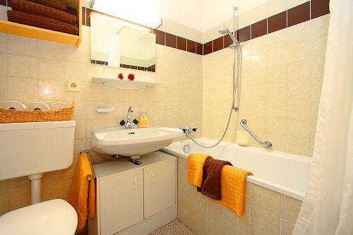 Badezimmer Appartementhaus