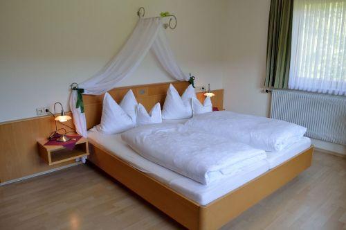 Schlafzimmer: Ansicht Bett