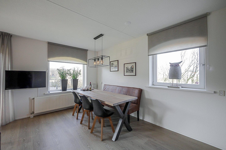 Wohnzimmer mit Gasheizofen