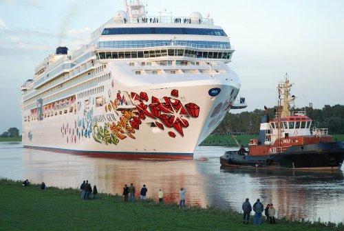 Lohnendes Ausflugsziel - Meyer Werft