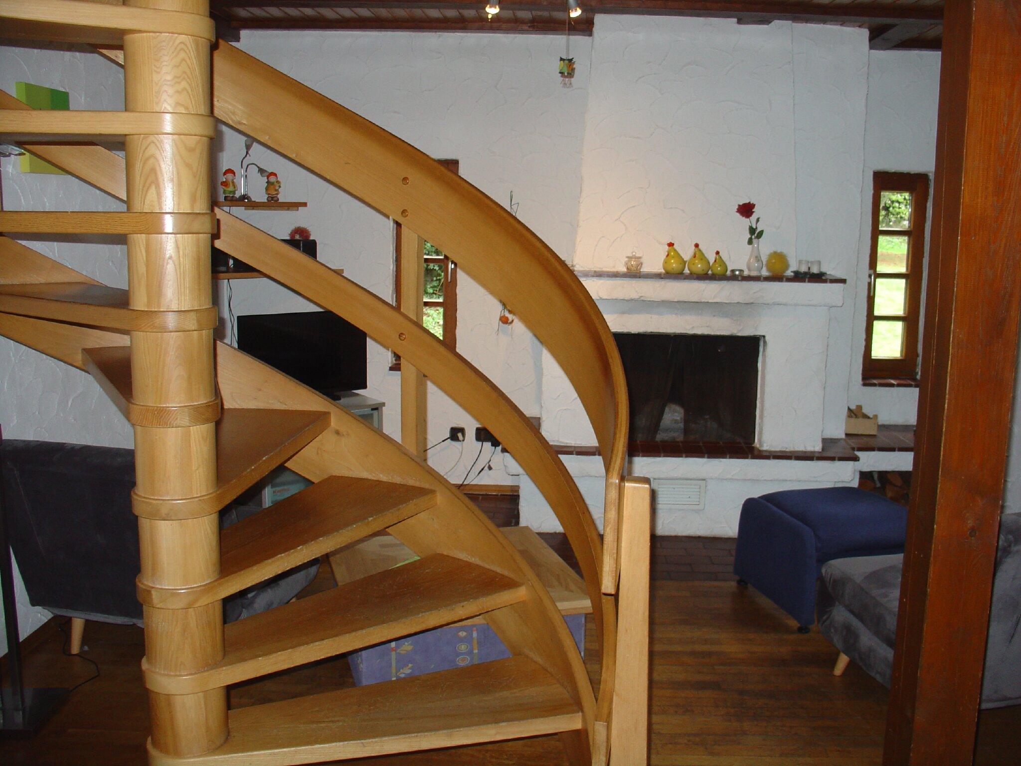 Schlafzimmer mit 2 Betten im OG