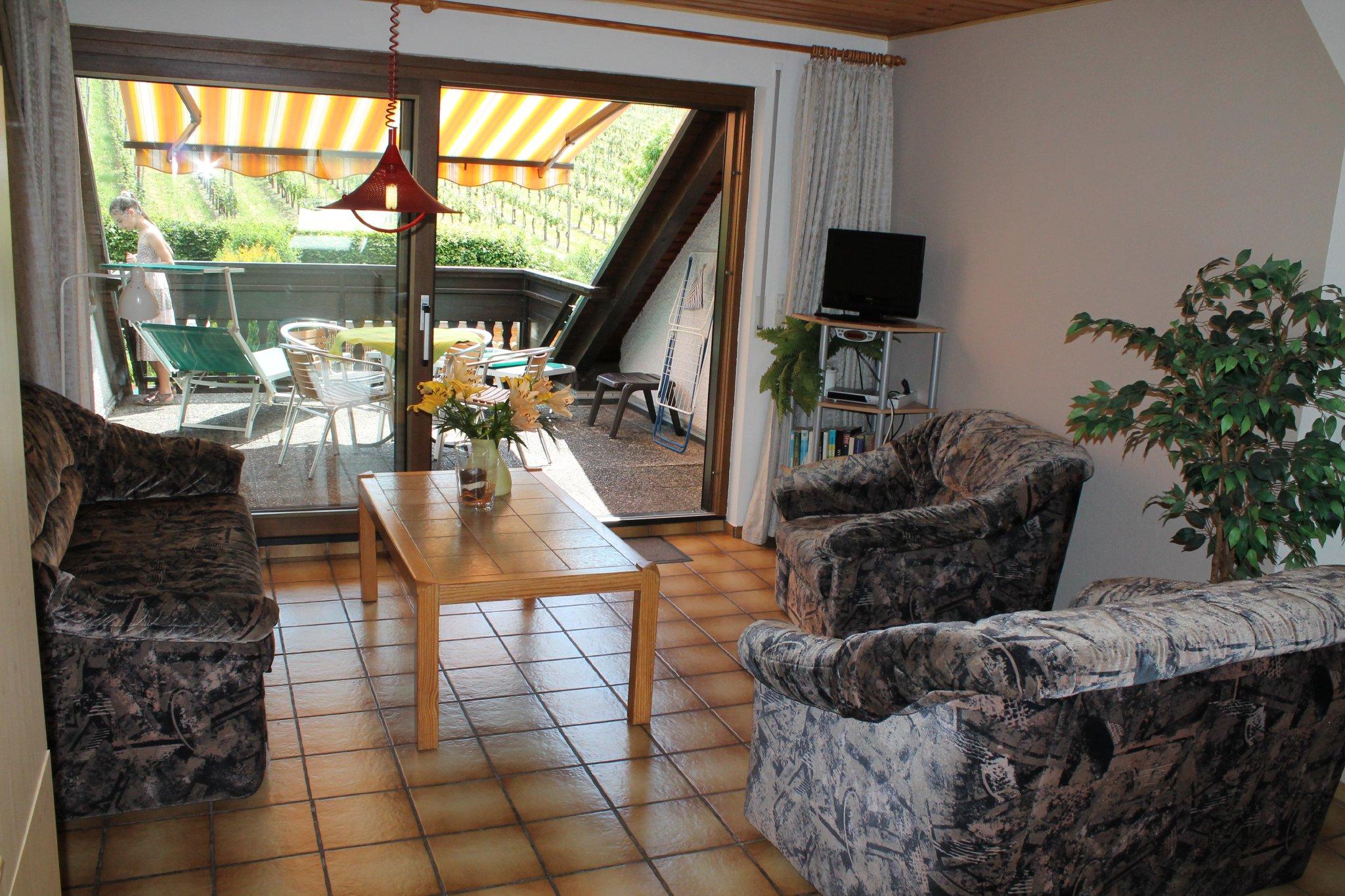 Hausansicht vom Garten, Balkon Fewo 3