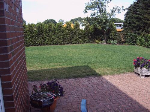 eigener Garten mit Spielfl�che