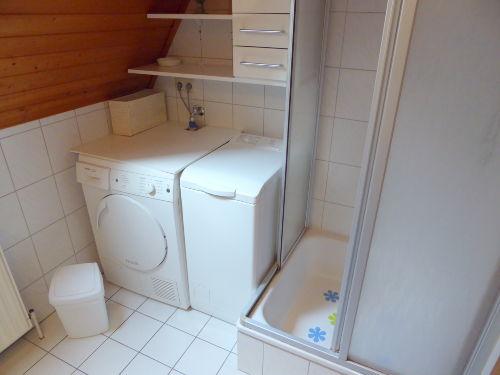 auch mit Waschmaschine und Trockner!