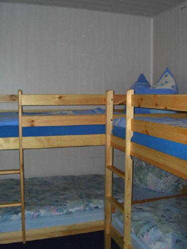 Schlafzimmer mit zwei Etagenbetten