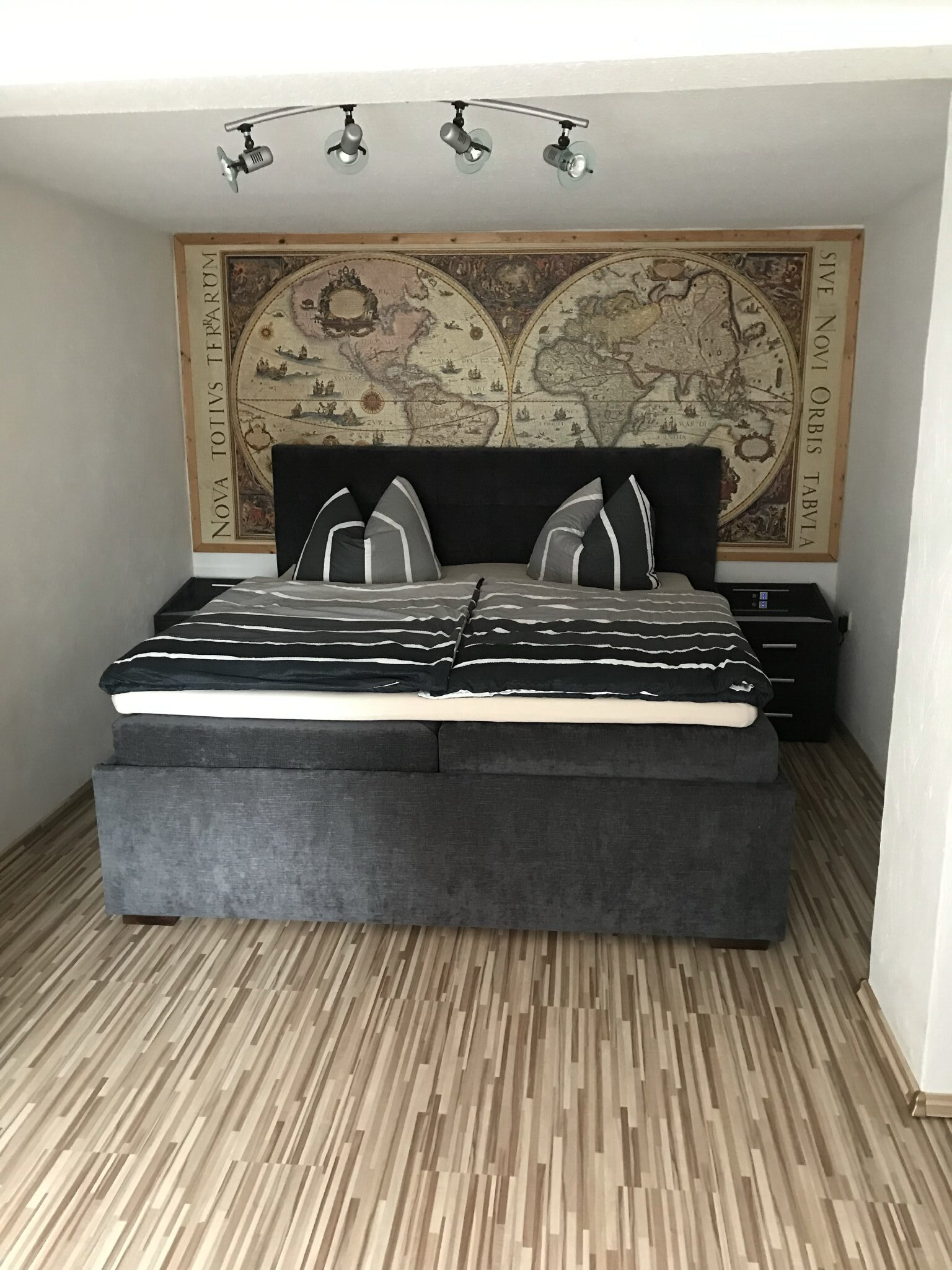 Schlafzimmer (15 m²)