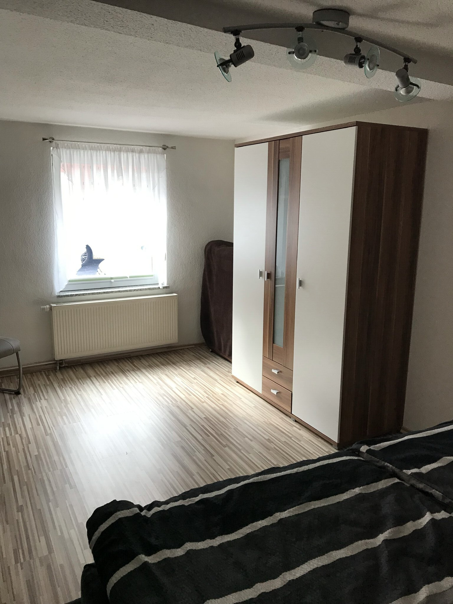 Schlafzimmer - Doppelbett (180x200)