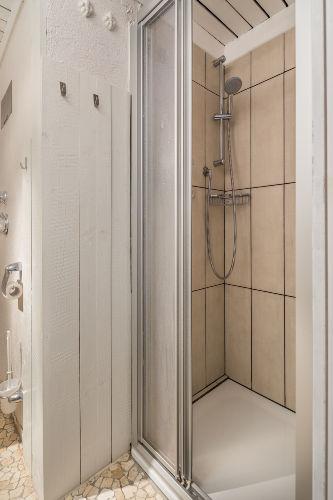 Duschbereich in 2014 renoviert