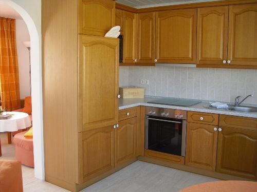 Küche der kleinen Haushälfte