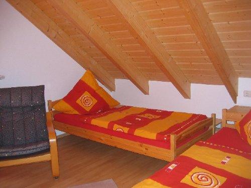 Schlafzimmer 2 DG