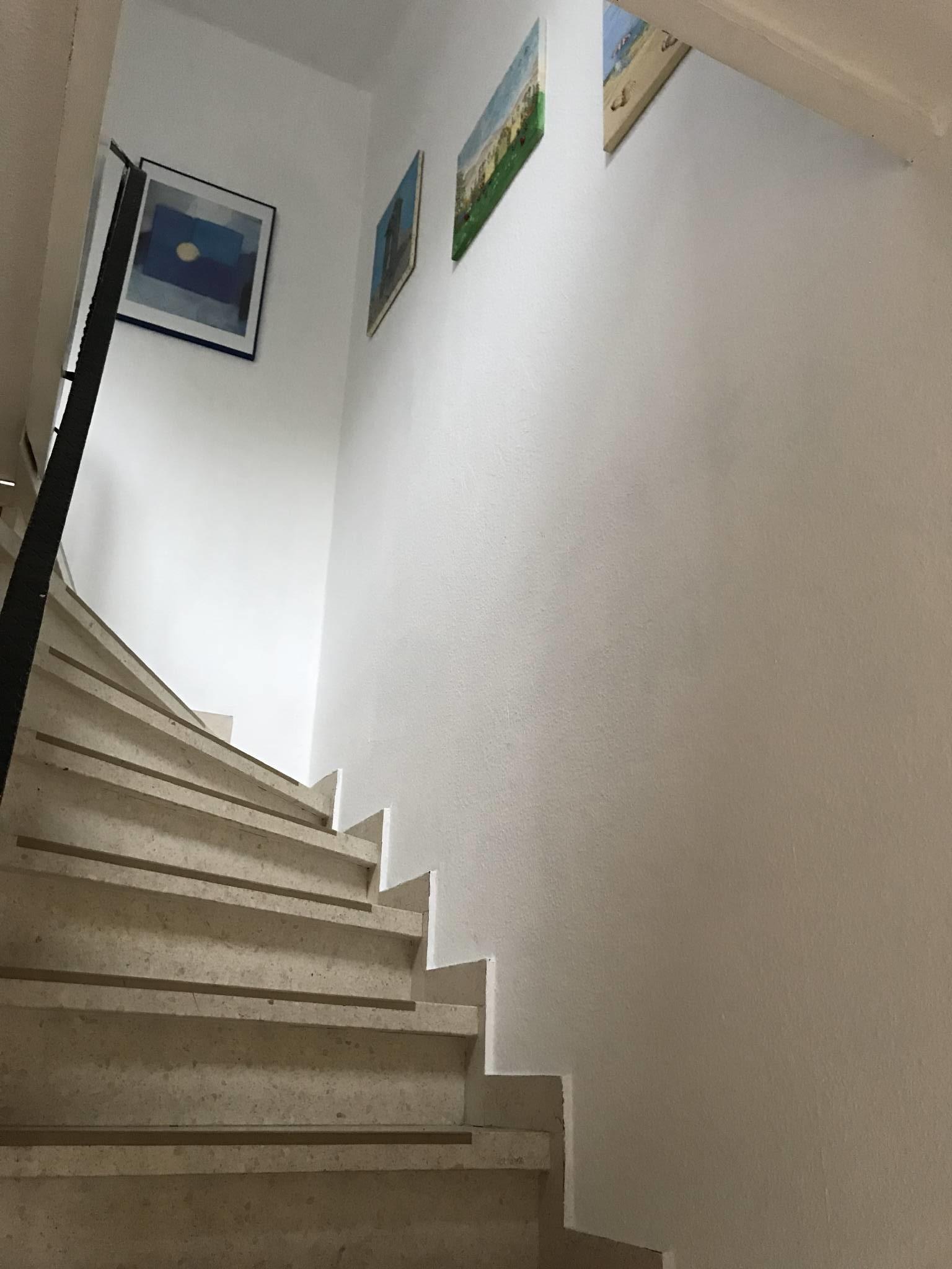 Flur unten und Treppe nach oben