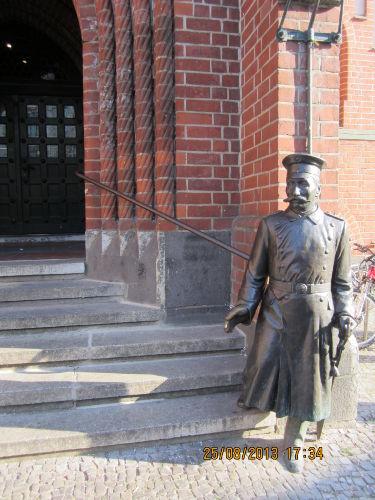 Historie - Hauptmann von Köpenick