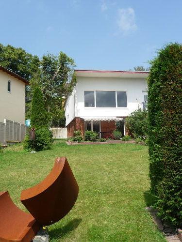 Blick aus d. Garten auf d. Fewo-Terrasse