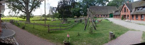 Ferienhof Lehbekwiese - Innenhof