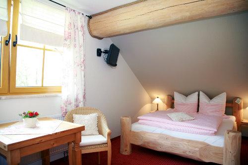 Blick in Zimmer 5 - das Rosenzimmer