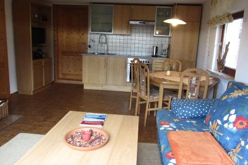 Wohn- Essraum mit Einbauküche
