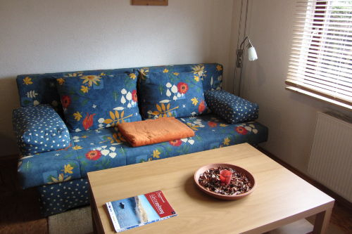 Sitzecke + Schlafsofa im Wohn- Essraum