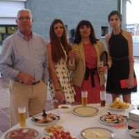 Vermieter: FAMILIE RAMIREZ ,SCHULABSCHLUS FEST
