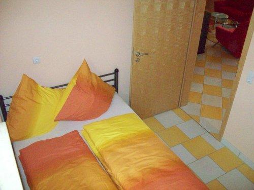 Abgetrenntes zweites Schlafzimmer
