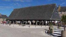 Historische Markthalle Plouescat