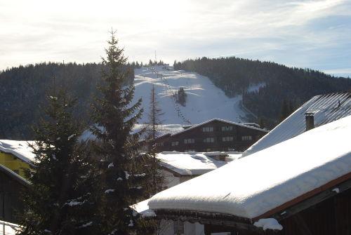 Aussicht zum Gschwandtkopf + Skischanze