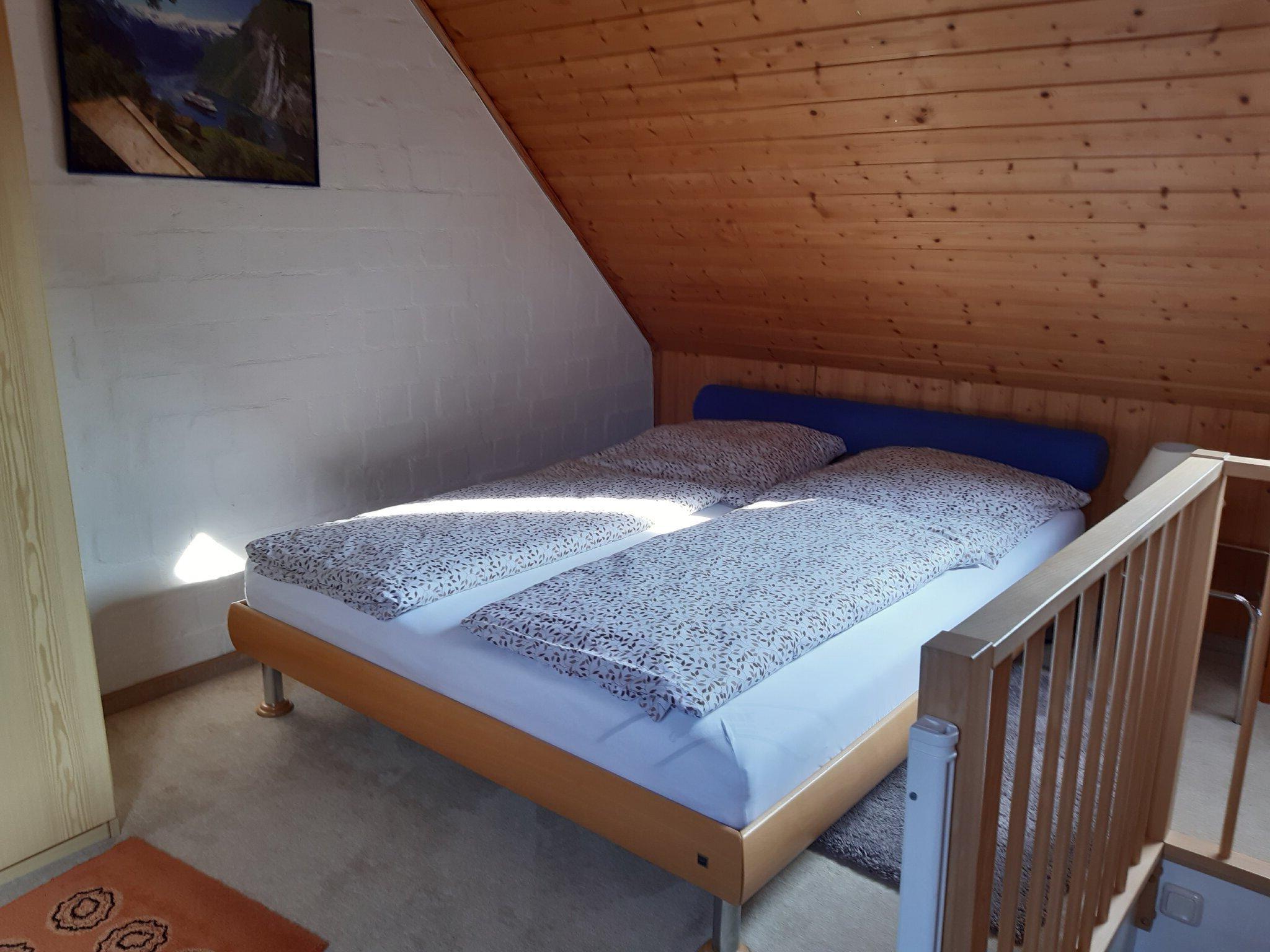 Schlafraum 2/ 1 Doppelbett 160x200m