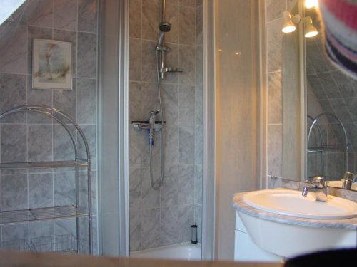 Frische Brise Duschbad ( Waschtisch)