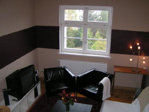Wohnzimmer (Sitzecke mit Schlafsofa)