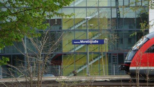 200 m zur DB-Haltestelle Morellstraße