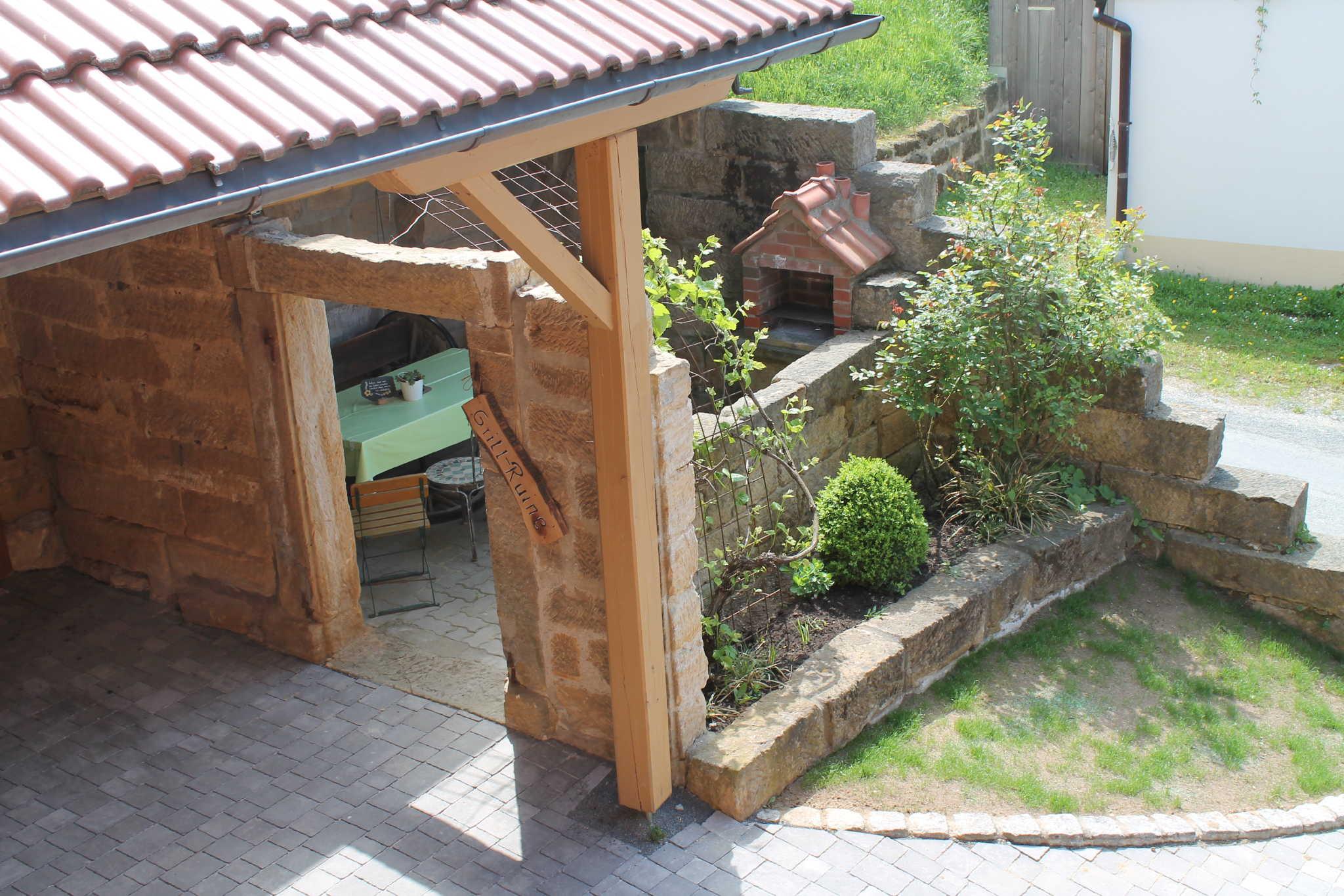 """Sonnenplatz im """"Toscanagarten"""""""