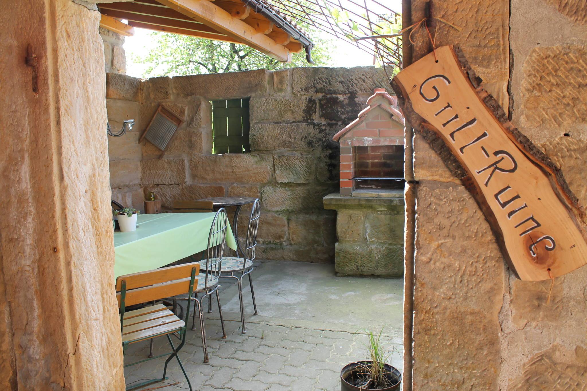 """Lagerfeuerplatz im """"Toscanagarten"""""""