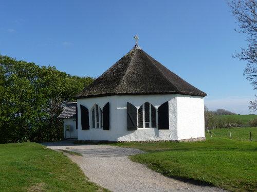 Hochuferkapelle im Fischerdorf Vitt