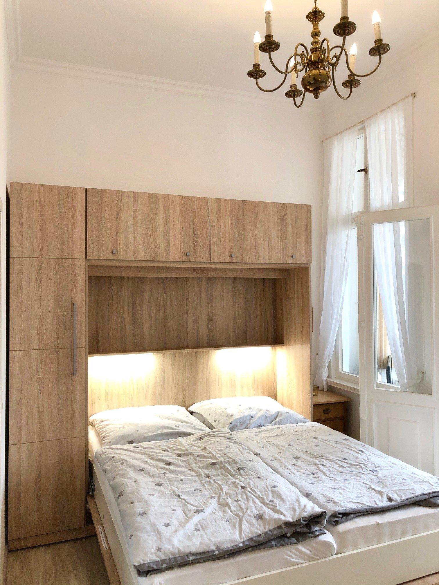 Doppelbett, 2 verstellbare Lattenroste