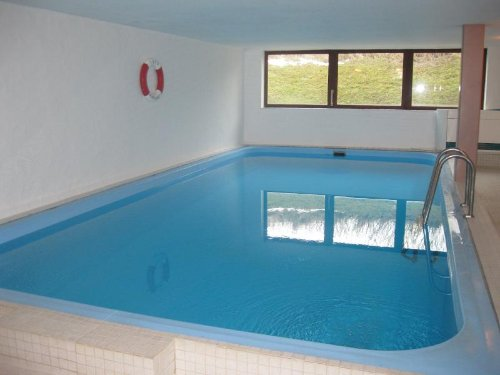 Schwimmbad im Nebenhaus