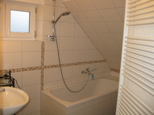 Bad mit Duschbadewanne