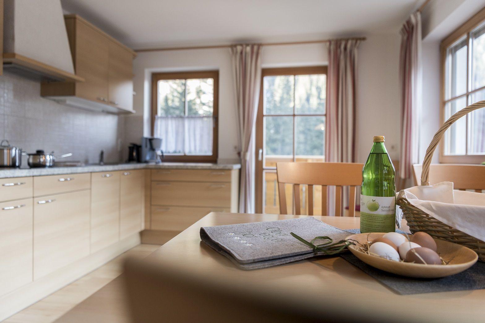 Wohküche mit TV und Couch