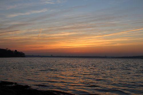 Sonnenuntergang an der Förde
