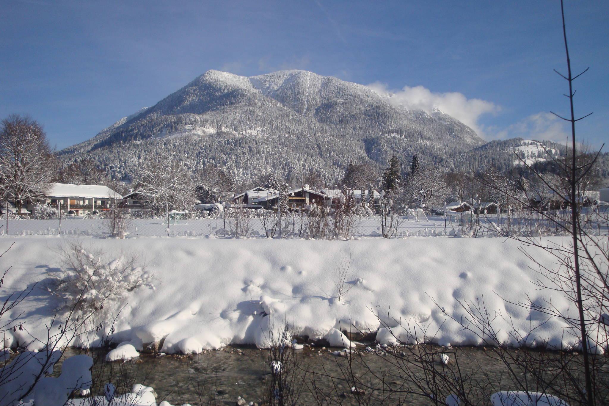 Blick vom Balkon aufs Wettersteingebirge