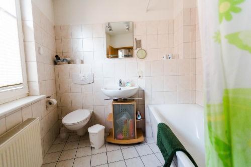 Obergescho�-Bad und WC