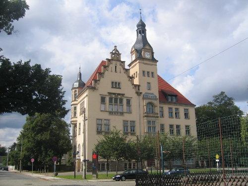 Mit Blick auf das historische Rathaus