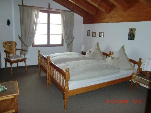 Doppel-Schlafzimmer mit Bad