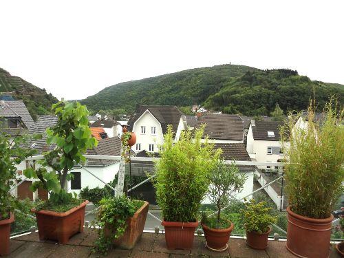 Balkon mit Blick auf den Krausbergturm