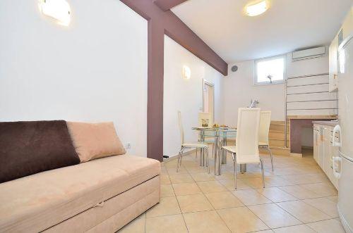 Braune Wohnung - Wohnzimmer + Esszimmer
