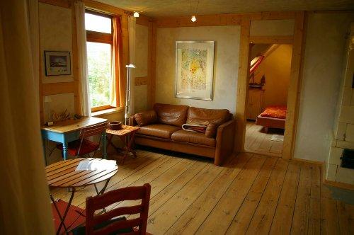 Wohnzimmer Fewo 1, mit Schlafzimmer