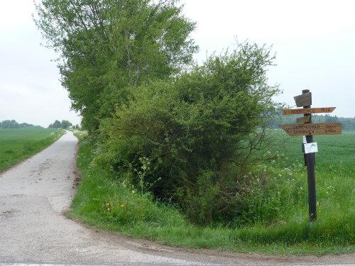 Gut beschilderte Wander- und Radwege